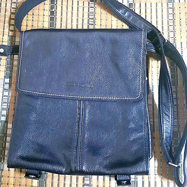 Charles Berkeley (UK) Full Leather Messanger Bag