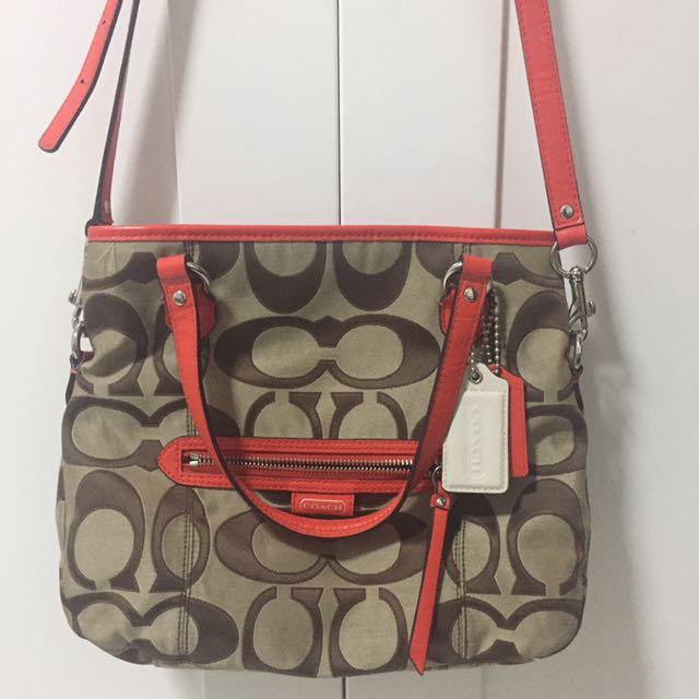 Coach Handbag (Daisy Outline Signature MIA)