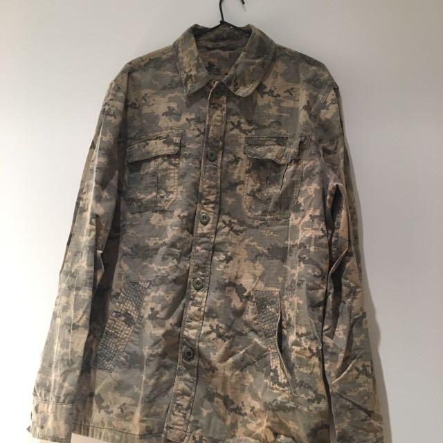 Digital Camo jacket size large