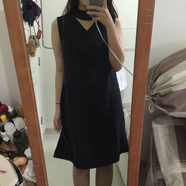 Dress Halter Neck