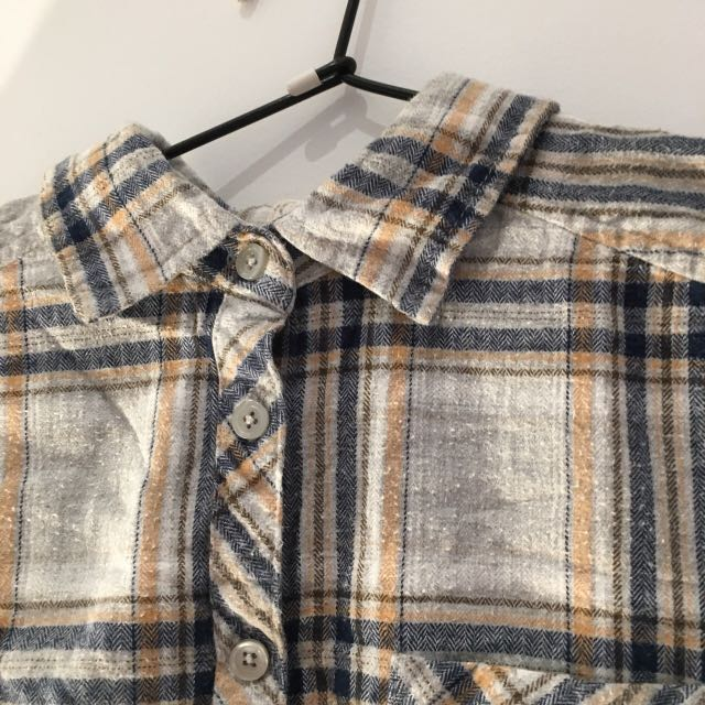 Flannel size small