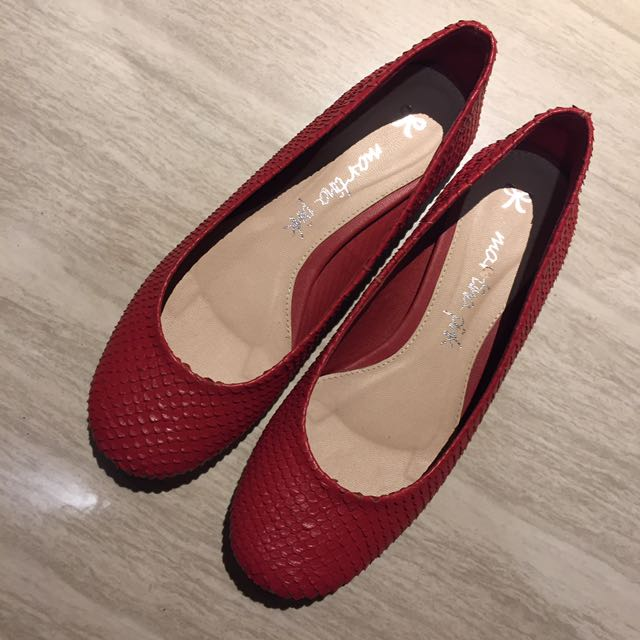 Flat Shoes Merah Snakeskin