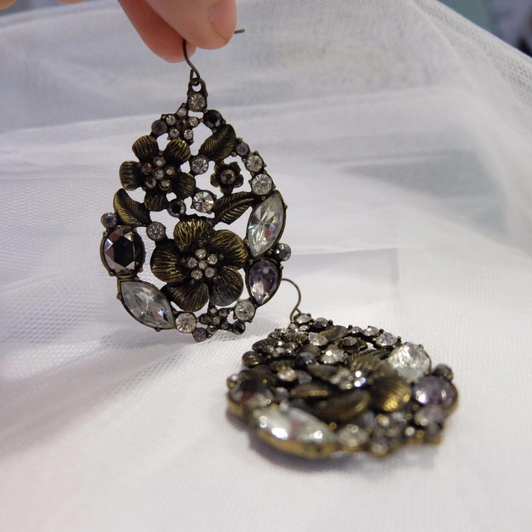 'Forever21' Fashion Earrings
