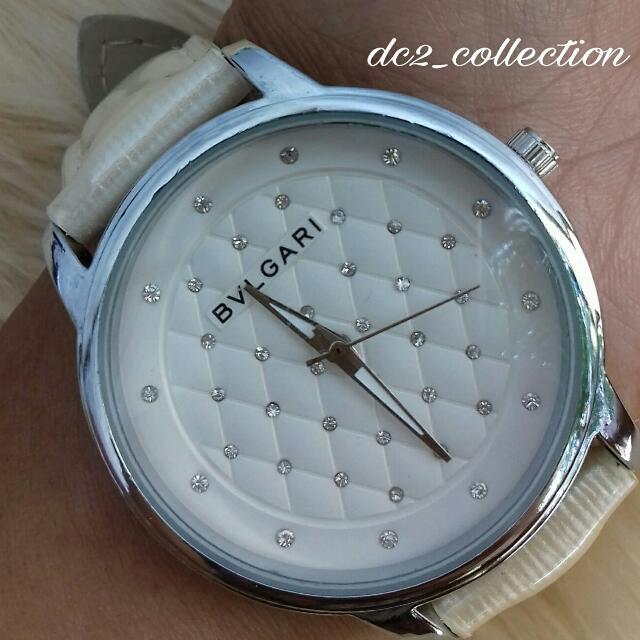 jam tangan bvlgari sofa