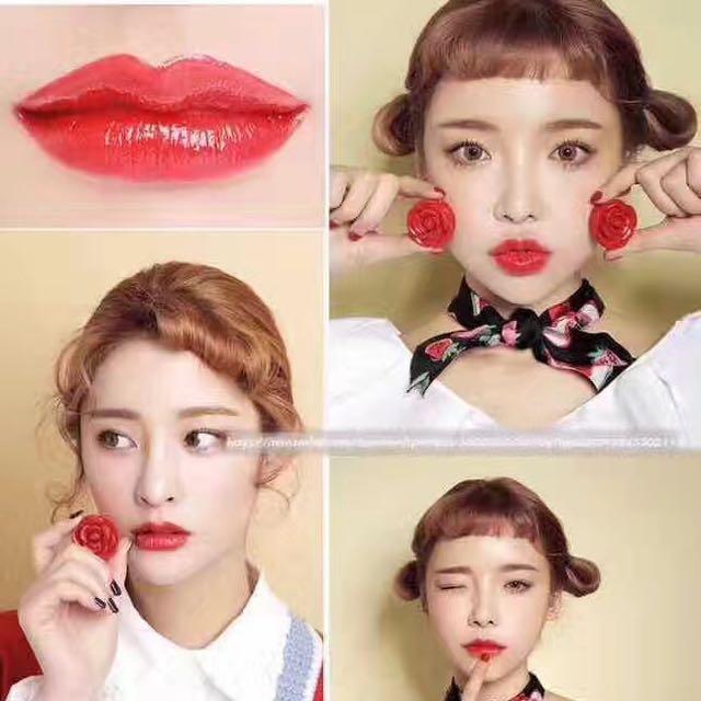 lipstick with miror