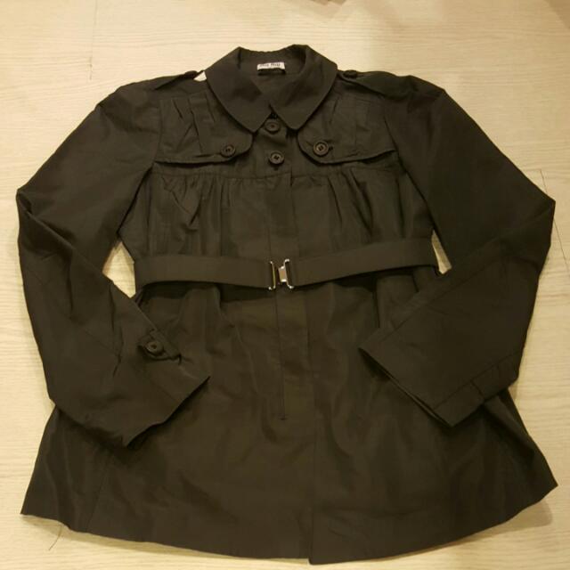 真品MIU MIU深灰系風衣外套 很新 約S-M適穿