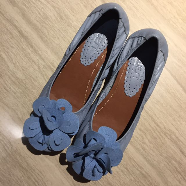 NEW Flat Shoes Biru