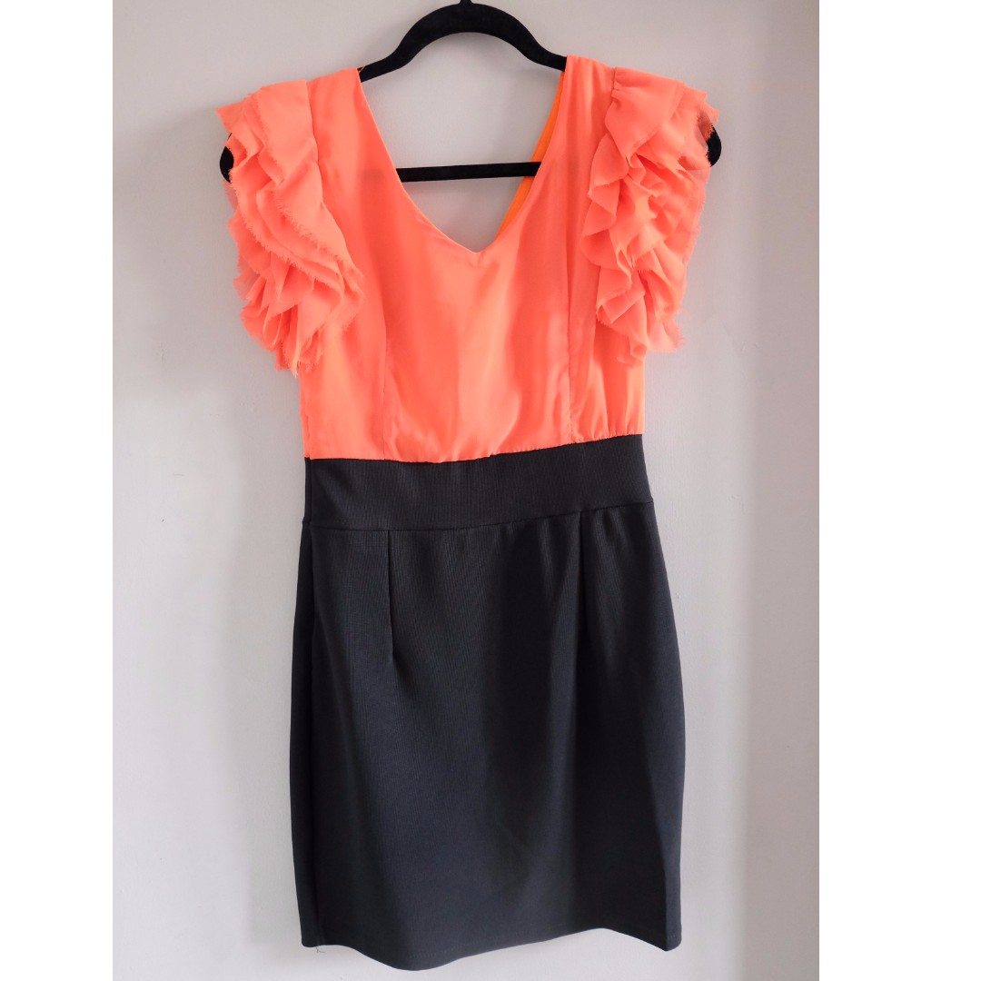 'No Brand'  Orange ruffle dress