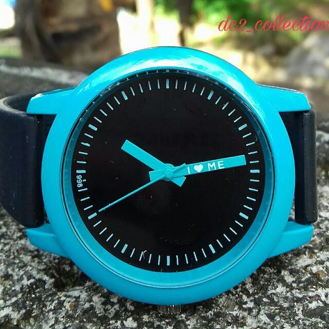 unik ! jam tangan narsis