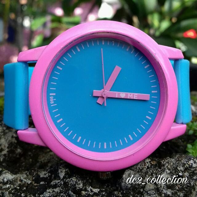 unik ! jam tangan narsis I Love Me