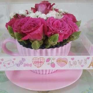 Cupcake/Teacup Roses