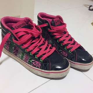 Draven High Top Sneakers