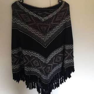 Jeanswest Poncho With Tassles