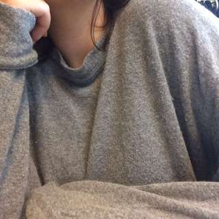 Brandy Melville Grey Sweater/long sleeve