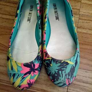 Floral Flat Shoes (size 8)