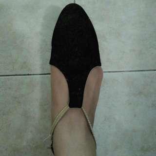 Black Flatshoes