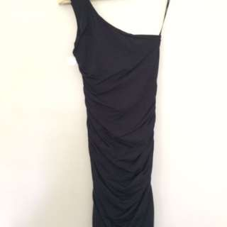 Offshoulder Black KOOKAI Dress Size 1