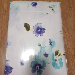 *NEW* 4 PC White With Flower Print Bedsheet Sheet