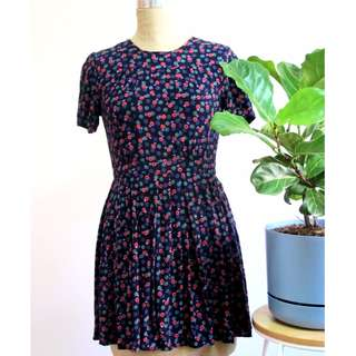 $35 Alice in the Eve Floral Dress