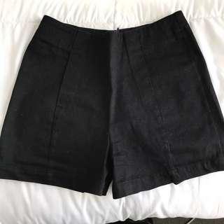 Dangerfield Highwaisted Black Shorts