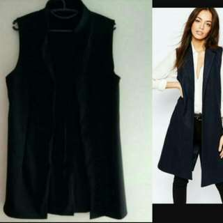 Black Sleeveless Coat
