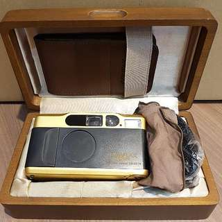 Contax T2 Gold 60 Years Limited Edition NEW in Box