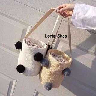 B138🌺可愛甜美毛球草編編織水桶包手提包