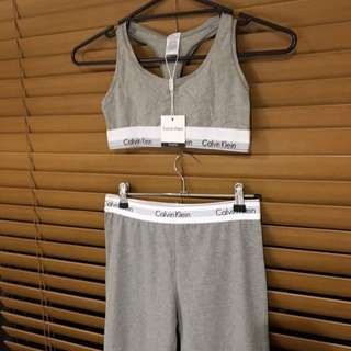 CALVIN KLEIN 2 Piece Set