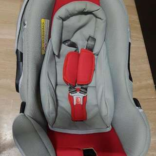 Preloved Baby Car Seat