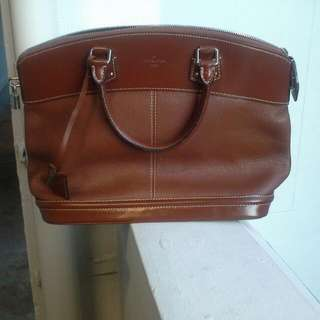 Classic LV Lockit In MM size In Full Brown Leather (Authentic)