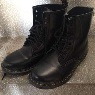 黑色8孔馬丁鞋 馬丁靴 非dr. Martens 23.5/37/uk4