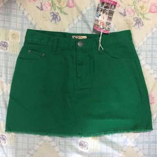 ‼️平放 日本 TITICACA 深綠色牛仔迷你短裙 間條花紋圖案