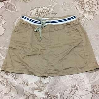 卡其色褲裙#兩百元短褲