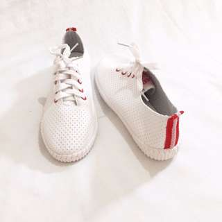 1pair Of Shoes