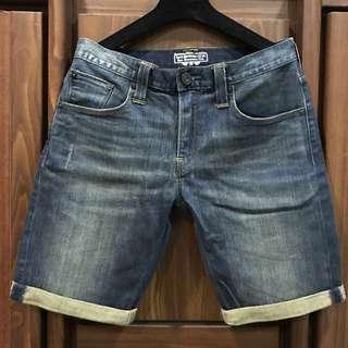 Levi's 少量黑標 水洗牛仔短褲