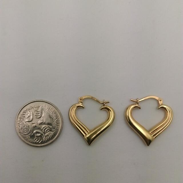 9CT Yellow Gold Heart Hoop Earrings