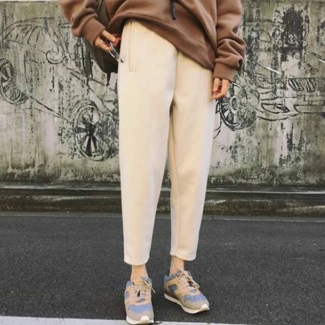 米白色 空氣棉 長褲