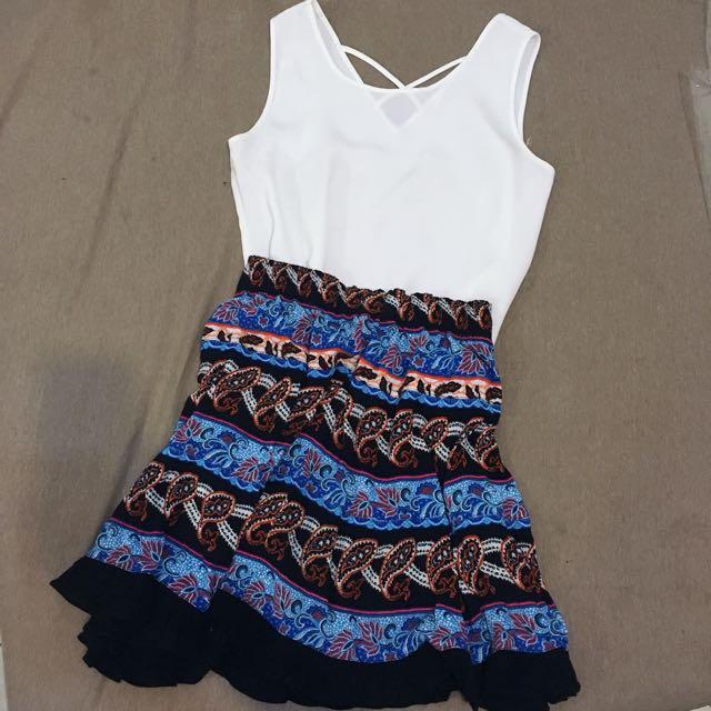 民俗風 碎花 短裙  #一百元洋裝