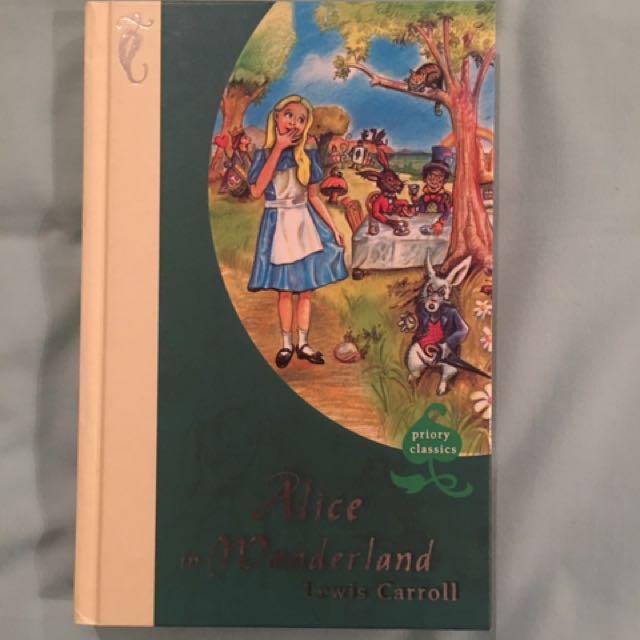 Alice In Wonderland - Hardback Novel