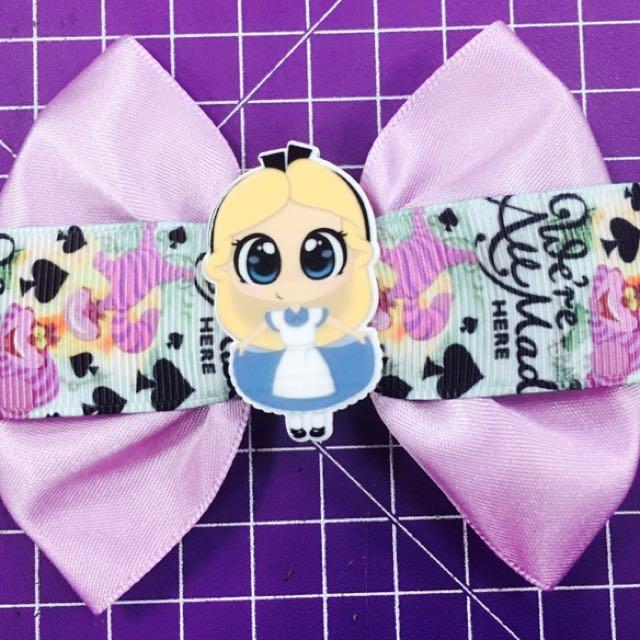 Alice In Wonderland Bow: Cheshire Cat