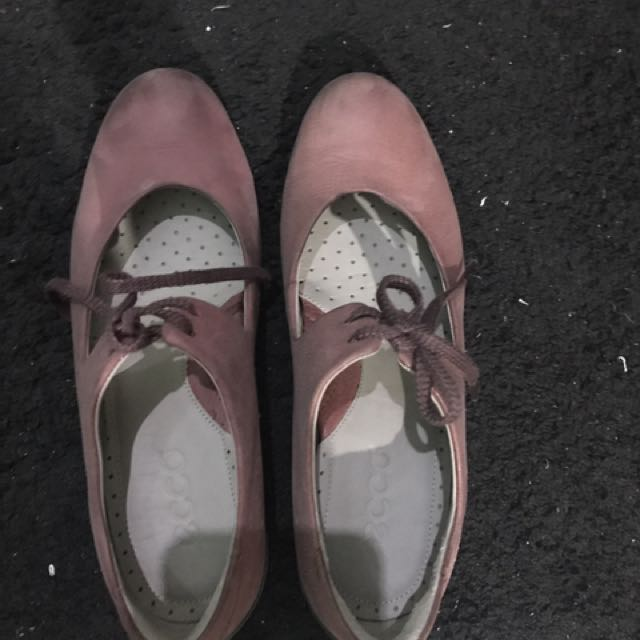 Authentic ECCO Shoes