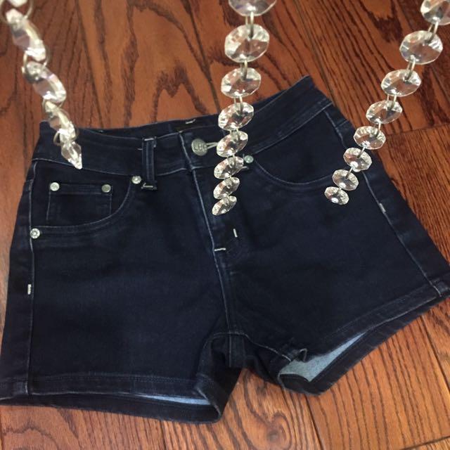 Authentic LEE Shorts Size 25