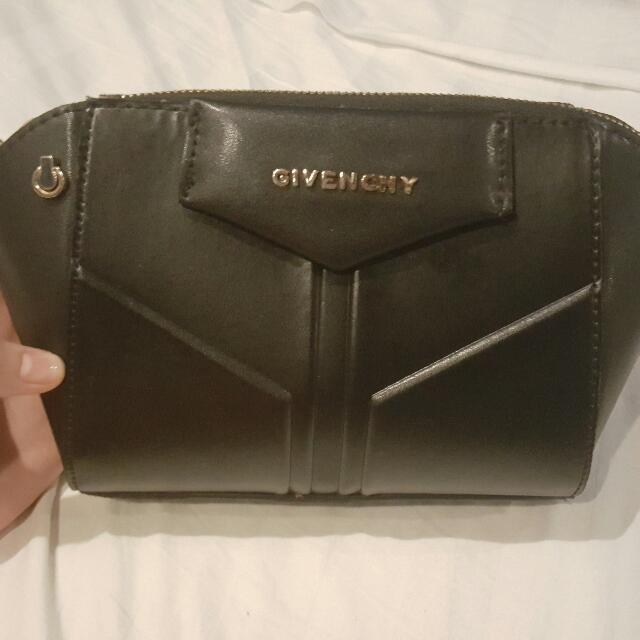 Black Wristlet GIVENCHY BAG