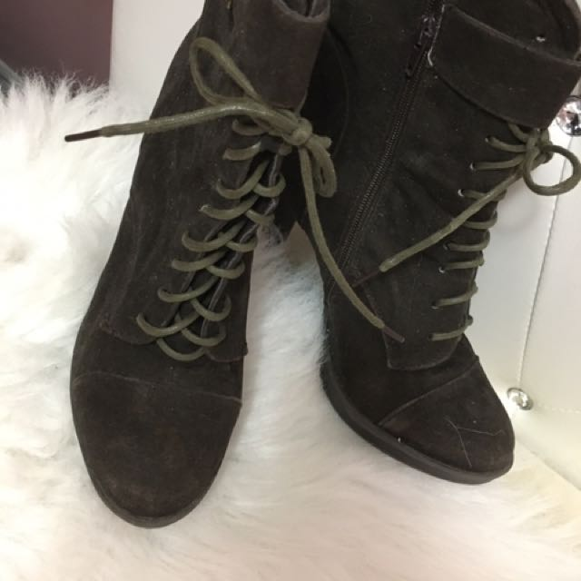 Forever 21 Size 8 Booties