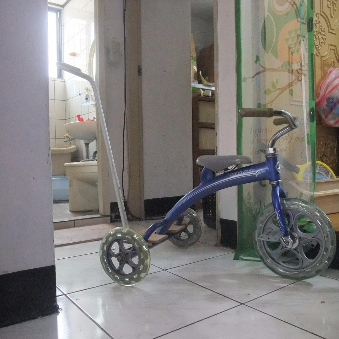 還滿新的捷安特giant鋁合金兒童三輪腳踏車.推車