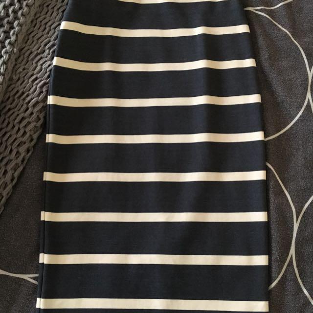 Knee Length Slimline Skirt
