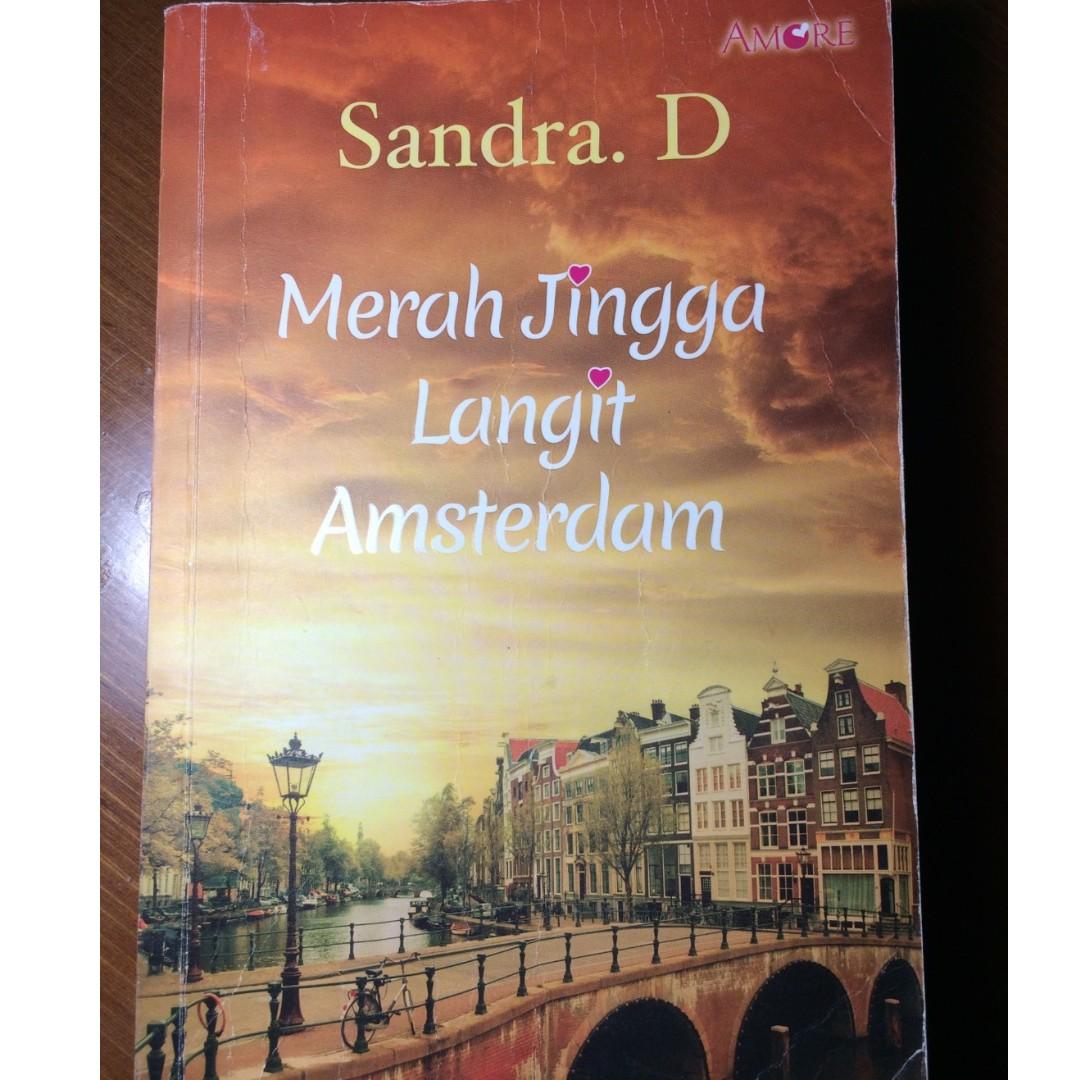 Novel Merah Jingga Langit Amsterdam by Sandra D