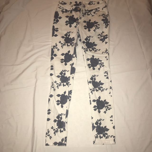 Pattern Navy Blue And White Jeans From Garage Size 8 #THECAFE
