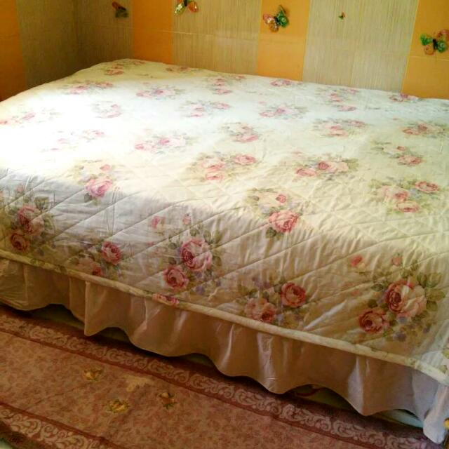 Preloved Sprei Shabby