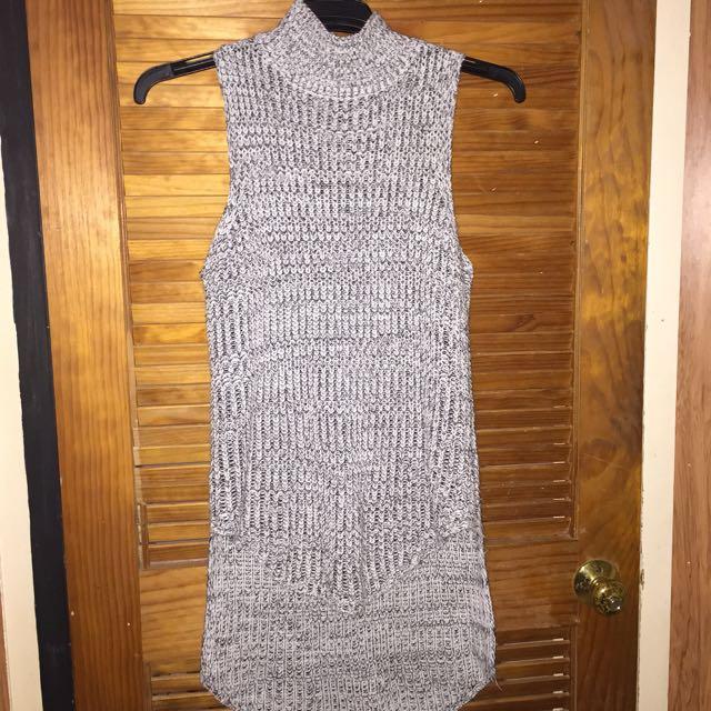 #thecafe Sleeveless Turtleneck Knitwear